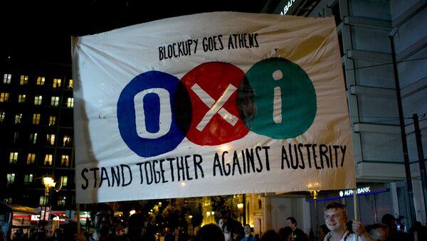 Partidarios de 'No' celebran los resultados del referéndum en Grecia - Sputnik Mundo