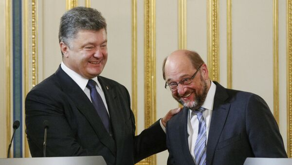 Presidente de Ucrania, Petró Poroshenko y presidente del Parlamento Europeo, Martin Schultz - Sputnik Mundo