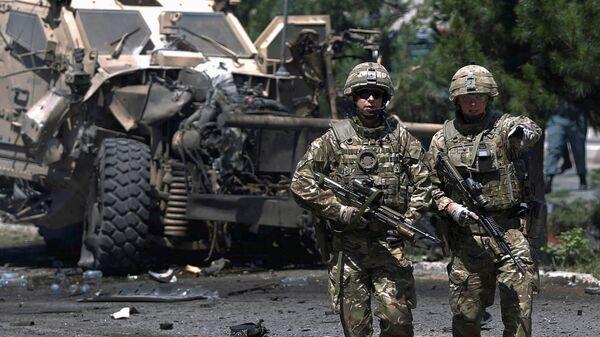 Soldados de la OTAN (archivo) - Sputnik Mundo