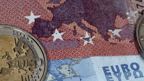 Euro (imagen referencial) - Sputnik Mundo