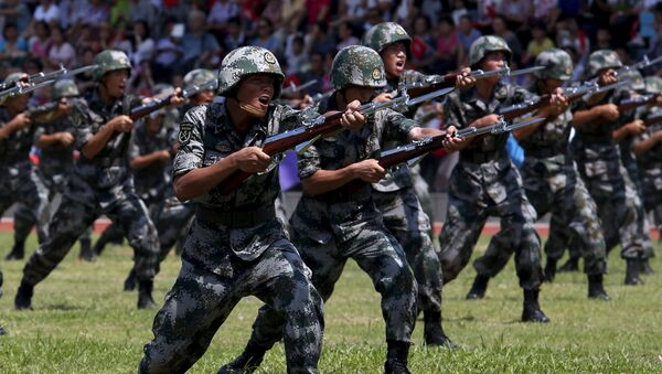 Soldados del Ejército Popular de Liberación de China (Archivo) - Sputnik Mundo