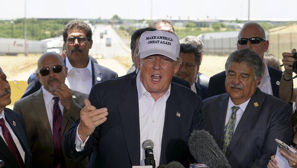 Donald Trump, precandidato republicano a la presidencia de EEUU - Sputnik Mundo