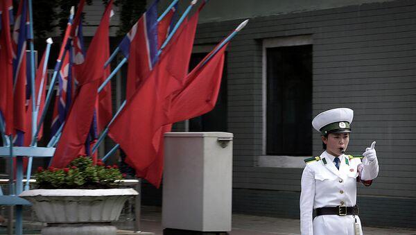 Policía de tráfico en Pyongyang, Corea del Norte, el 27 de julio, 2015 - Sputnik Mundo