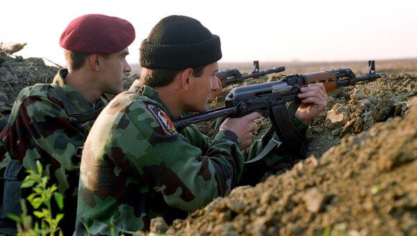 Soldados serbios durante Operación Tormenta - Sputnik Mundo