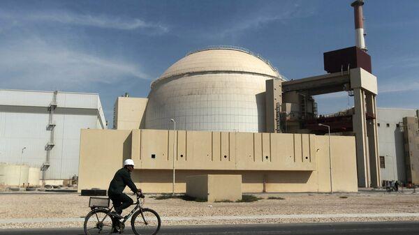 Planta de energía nuclear (imagen referencial) - Sputnik Mundo