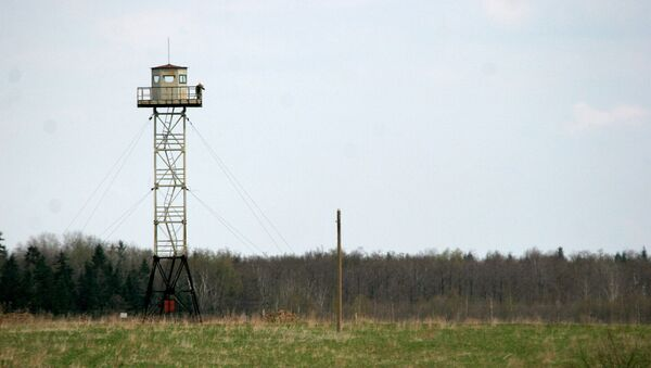 Torre de observación en la frontera rusa-letón - Sputnik Mundo
