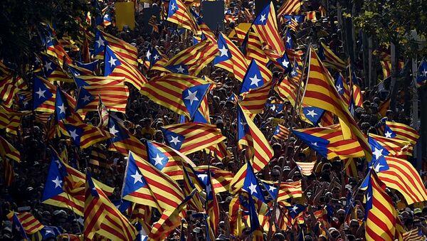 Cataluña volverá a clamar por la independencia en la Diada más descentralizada - Sputnik Mundo