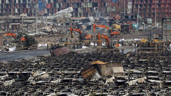 Lugar de explosiones en el distrito de Binhai en Tianjin, China - Sputnik Mundo