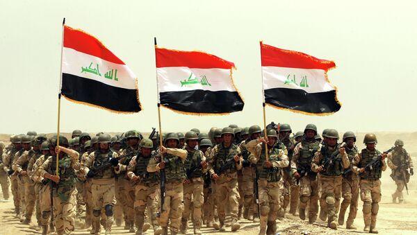 Ejército iraquí durante ejercicios militares - Sputnik Mundo