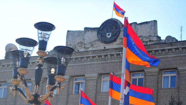 Palacio presidencial en Stepanakert, capital de la República de Nagorno-Karabaj - Sputnik Mundo