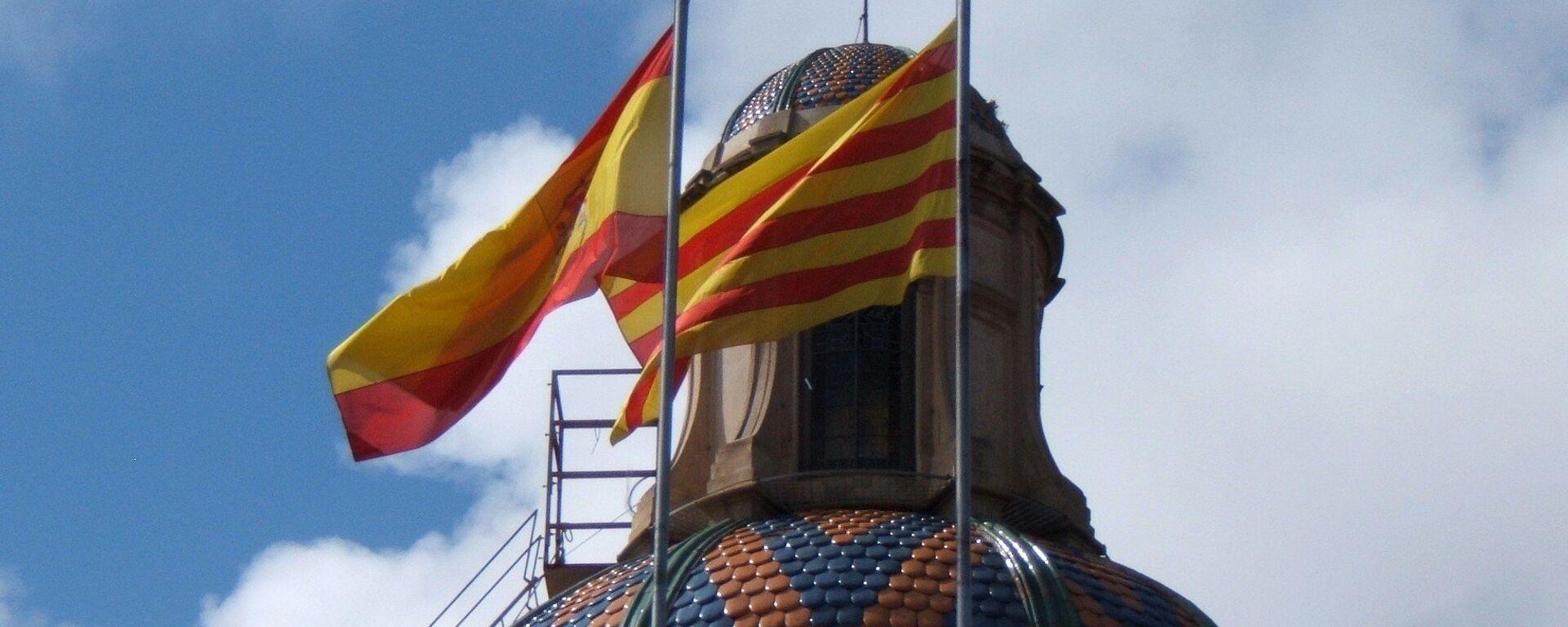 Banderas de España y Cataluña  - Sputnik Mundo, 1920, 04.02.2021