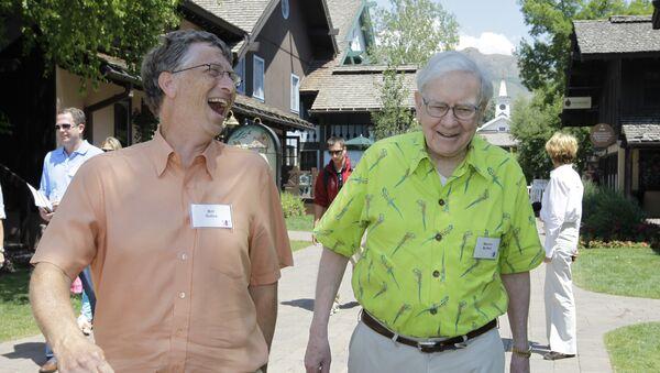 Bill Gates y Warren Buffett - Sputnik Mundo