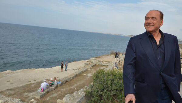 Ex primer ministro de Italia, Silvio Berlusconi en Crimea - Sputnik Mundo