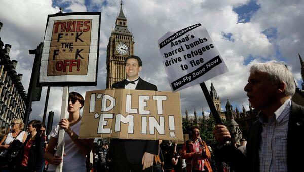 Manifestación en solidaridad con los refugiados en Londres - Sputnik Mundo