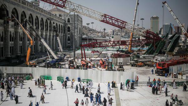 Grúa caída en la Gran Mezquita de La Meca - Sputnik Mundo
