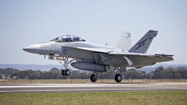 Caza F/A-18E/F Super Hornet de las Fuerzas Aéreas de Australia - Sputnik Mundo