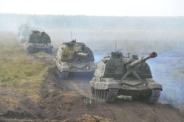 Ejercicios militares Tsentr 2015 - Sputnik Mundo