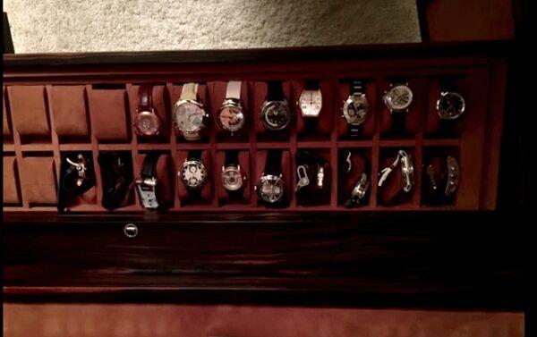 Colección de los relojes del gobernador Viacheslav Gáizer - Sputnik Mundo