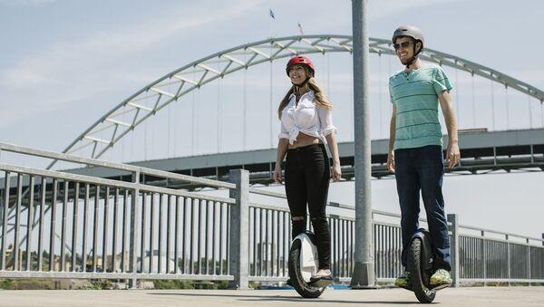 Modos alternativos de moverse por la ciudad - Sputnik Mundo