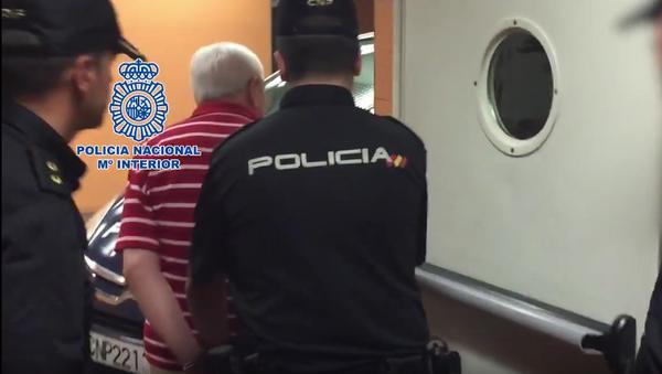 Detenido en España médico argentino acusado por crímenes de lesa humanidad - Sputnik Mundo