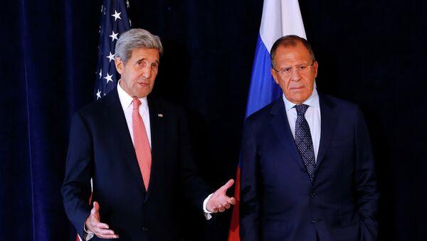 Secretario de Estado de EEUU, John Kerry y ministro de Exteriores de Rusia, Serguéi Lavrov (archivo) - Sputnik Mundo