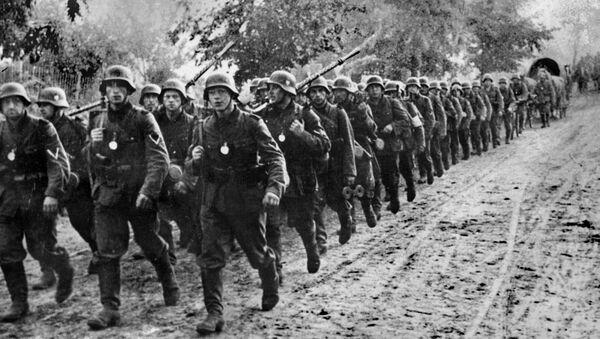 Soldados alemanes en Polonia en 1939 - Sputnik Mundo