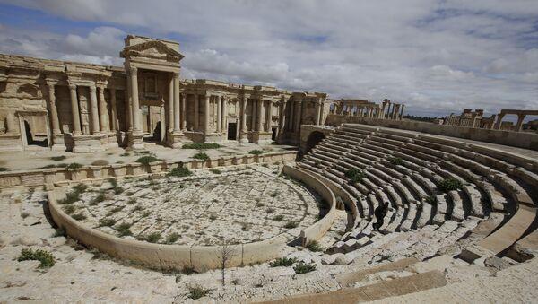 Anfiteatro romano en Palmira - Sputnik Mundo