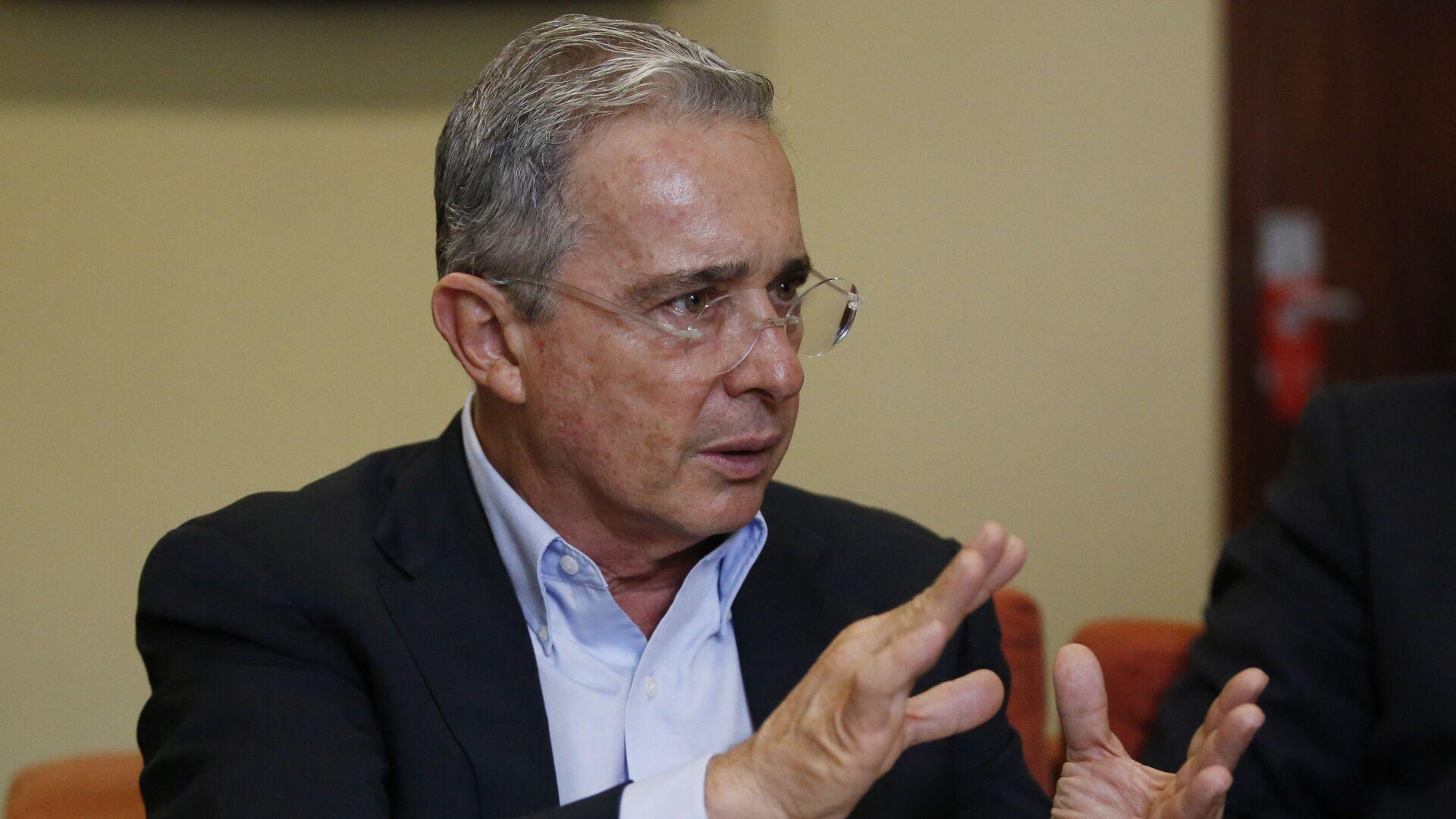 Álvaro Uribe Vélez, expresidente de Colombia - Sputnik Mundo, 1920, 16.08.2021