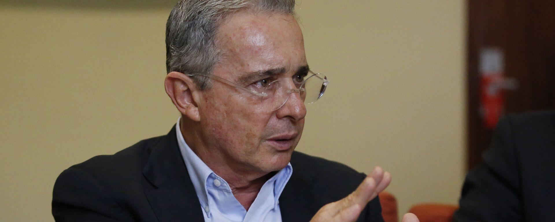 Álvaro Uribe Vélez, expresidente de Colombia - Sputnik Mundo, 1920, 05.03.2021