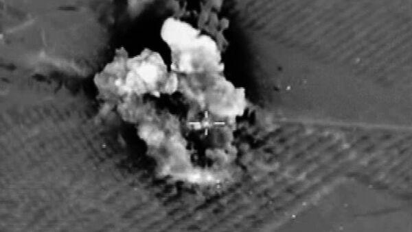 Bombardeos de Rusia contra EI - Sputnik Mundo
