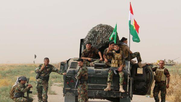 Soldados kurdos - Sputnik Mundo