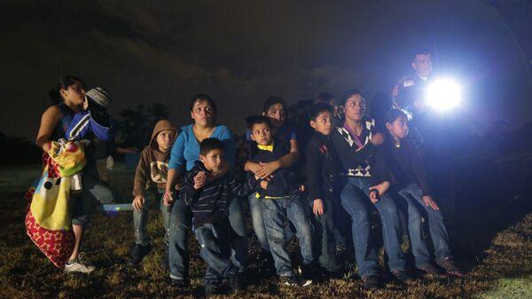 Inmigrantes en EEUU - Sputnik Mundo