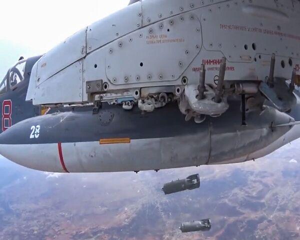 Aviación rusa golpea objetivos clave del Estado Islámico - Sputnik Mundo