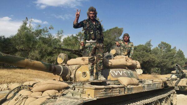 Soldados del Ejército sirio en la provincia de Hama - Sputnik Mundo