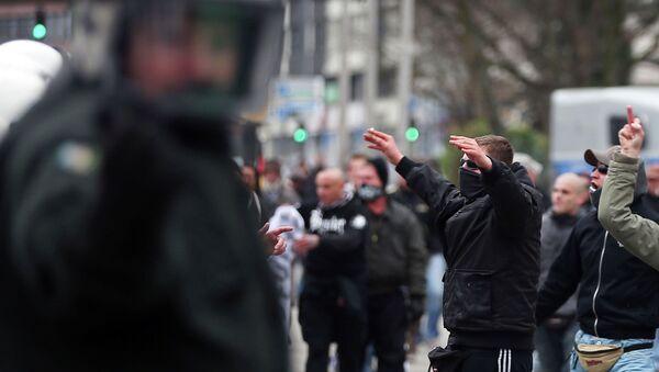 Partidarios del movimiento PEGIDA en Wuppertal - Sputnik Mundo