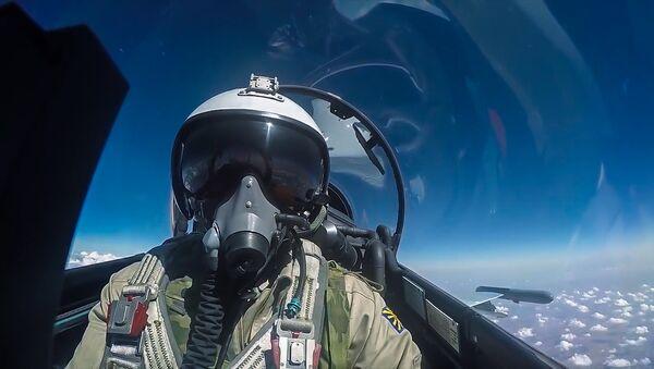 Piloto de las Fuerzas Aeroespaciales de Rusia - Sputnik Mundo