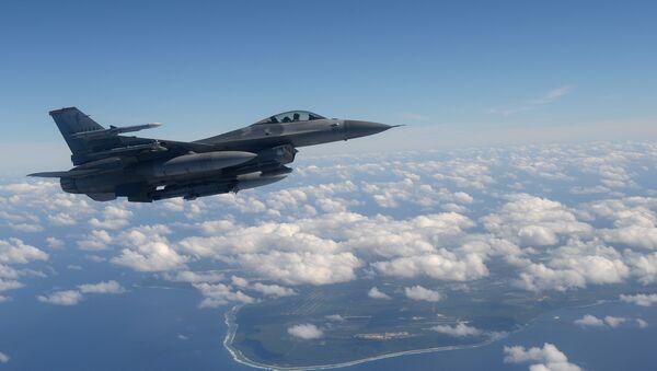 Caza F-16 - Sputnik Mundo