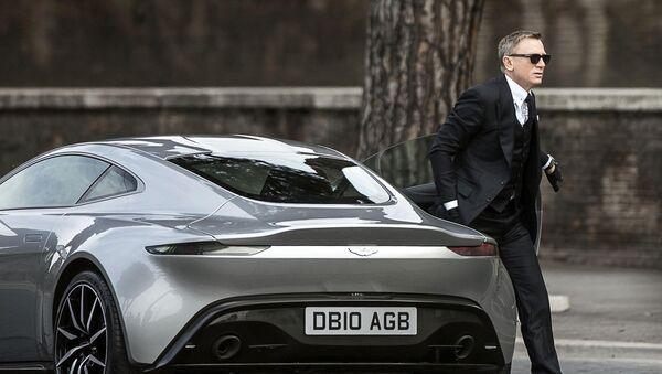 Daniel Craig, conocido por encarnar el personaje de James Bond - Sputnik Mundo