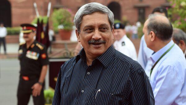 Manohar Parrikar, secretario de Defensa de India - Sputnik Mundo