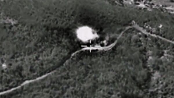 Ataques aéreos de Rusia contra Daesh - Sputnik Mundo