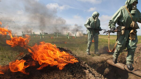Simulacro de ataques con armas químicas (archivo) - Sputnik Mundo
