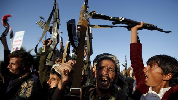 Partidarios del movimiento rebelde chií de los hutíes (archivo) - Sputnik Mundo