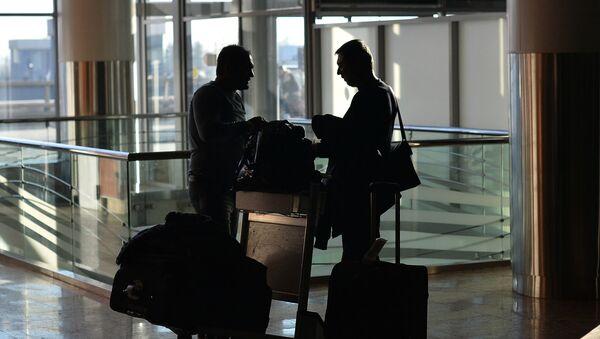 Pasajeros en aeropuerto internacional de Moscú - Sheremetyevo - Sputnik Mundo