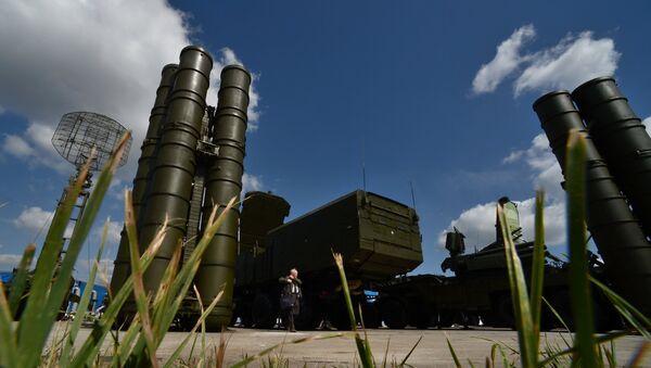 Sistemas antiaéreos S-300 - Sputnik Mundo
