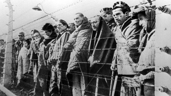 Presos del campo de concentración de Auschwitz-Birkenau - Sputnik Mundo