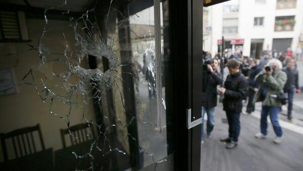 Lugar de los atentados el 13 de noviembre en París - Sputnik Mundo