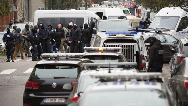 Operación policial en el distrito belga de Molenbeek - Sputnik Mundo