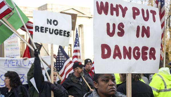 Protesta contra los refugiados en EEUU (archivo) - Sputnik Mundo