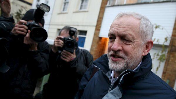 Jeremy Corbyn, líder del Partido Laborista británico - Sputnik Mundo