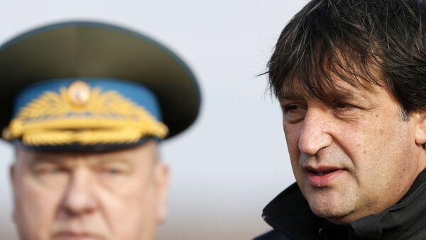 Ministro de Defensa de Serbia, Bratislav Gasic - Sputnik Mundo